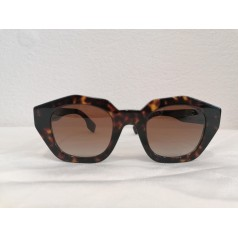 Lunette de soleil-Burberry-Ecail-Optic2000